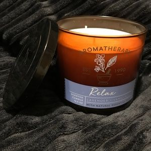 Bath & Body Works Aromatherapy Lavender + Vanilla